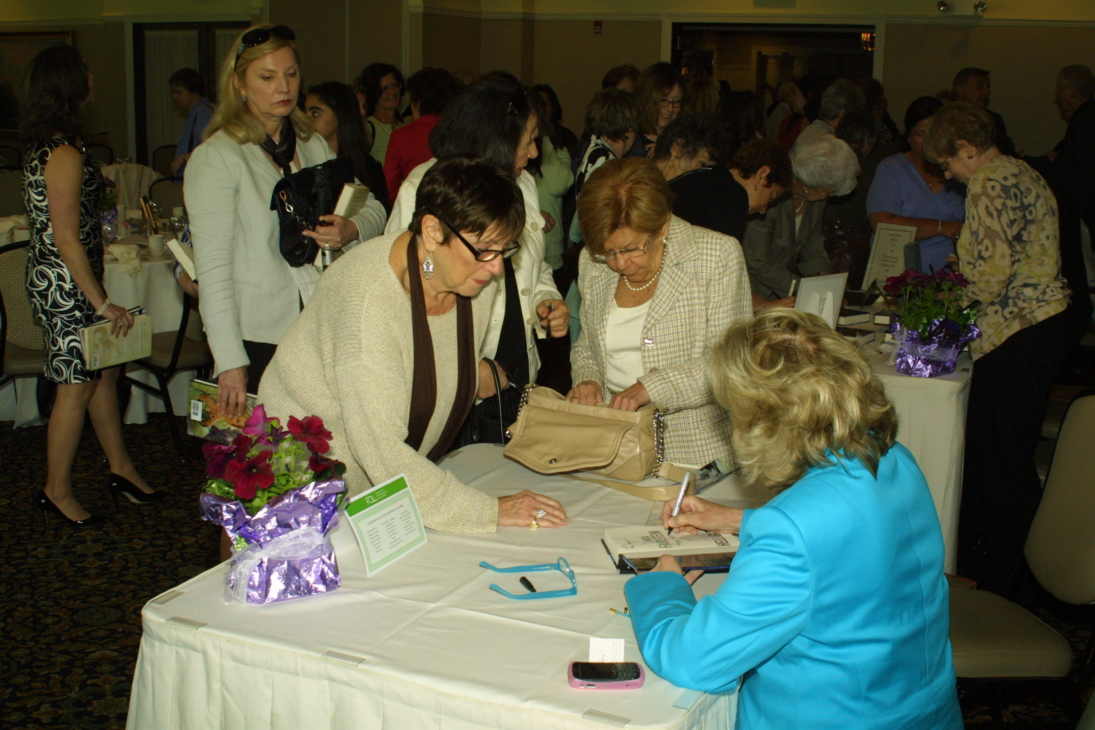 "Linda Fairstein graciously signed dozens of copies of ""Hell Gate"" purchased at the event."