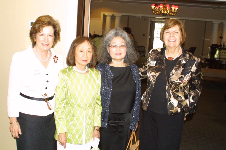 Amy Mass, Yoshiko Mape, even sponsor Yasuko Yamaguchi, FOL vice president Ellen Zimmerman