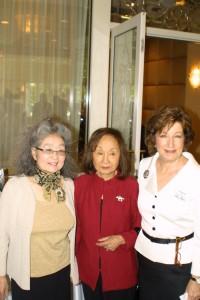 Event sponsor Yasuko Yamaguchi,Toshiko Mape and Amy Bass