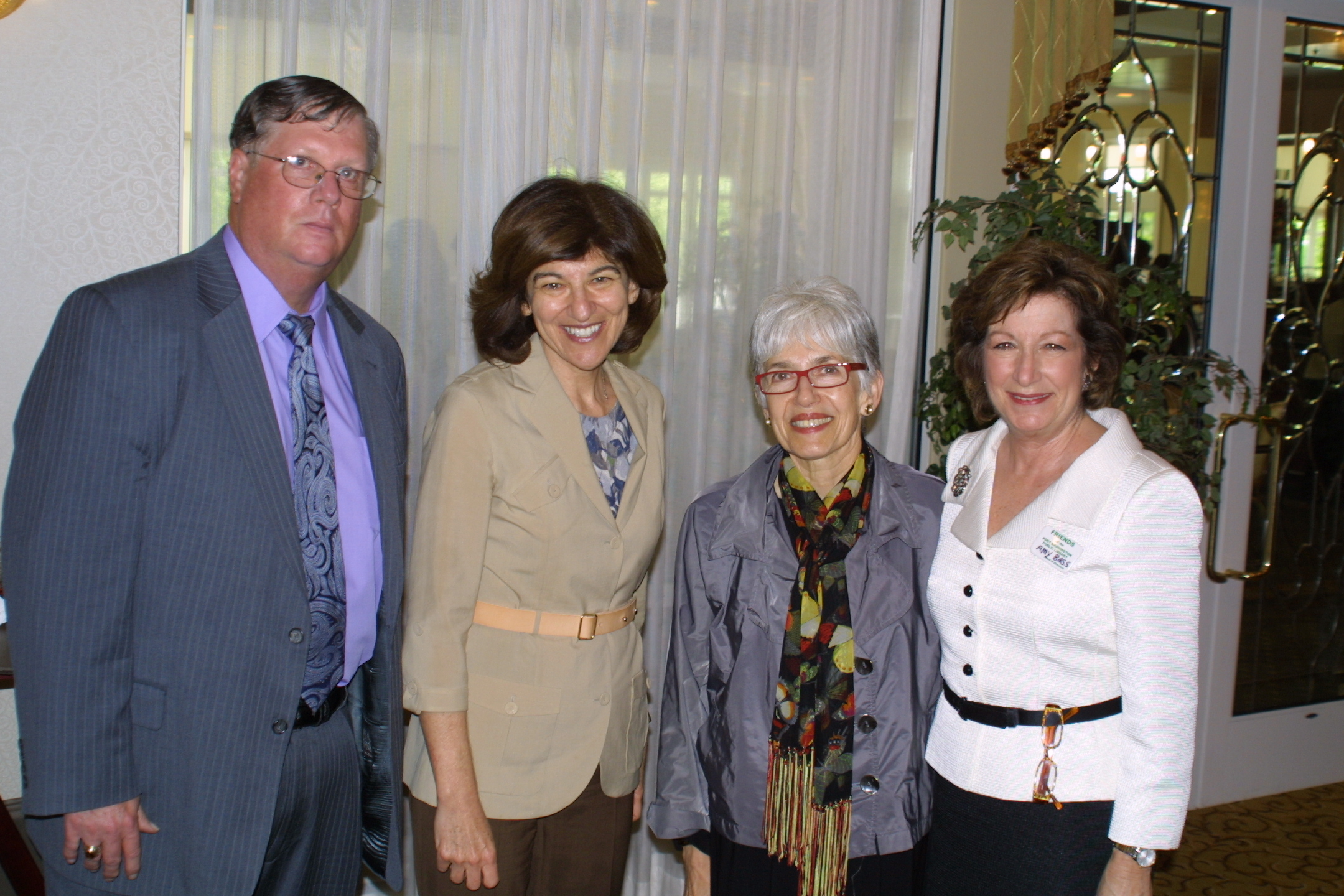 Library Board President Lee Aitken, authors Julie Salamon and Dava Sobel, and FOL president Amy Bass