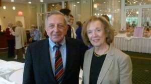 Former President of the library Board of Trustees Fred Kramer and Laurette Kramer